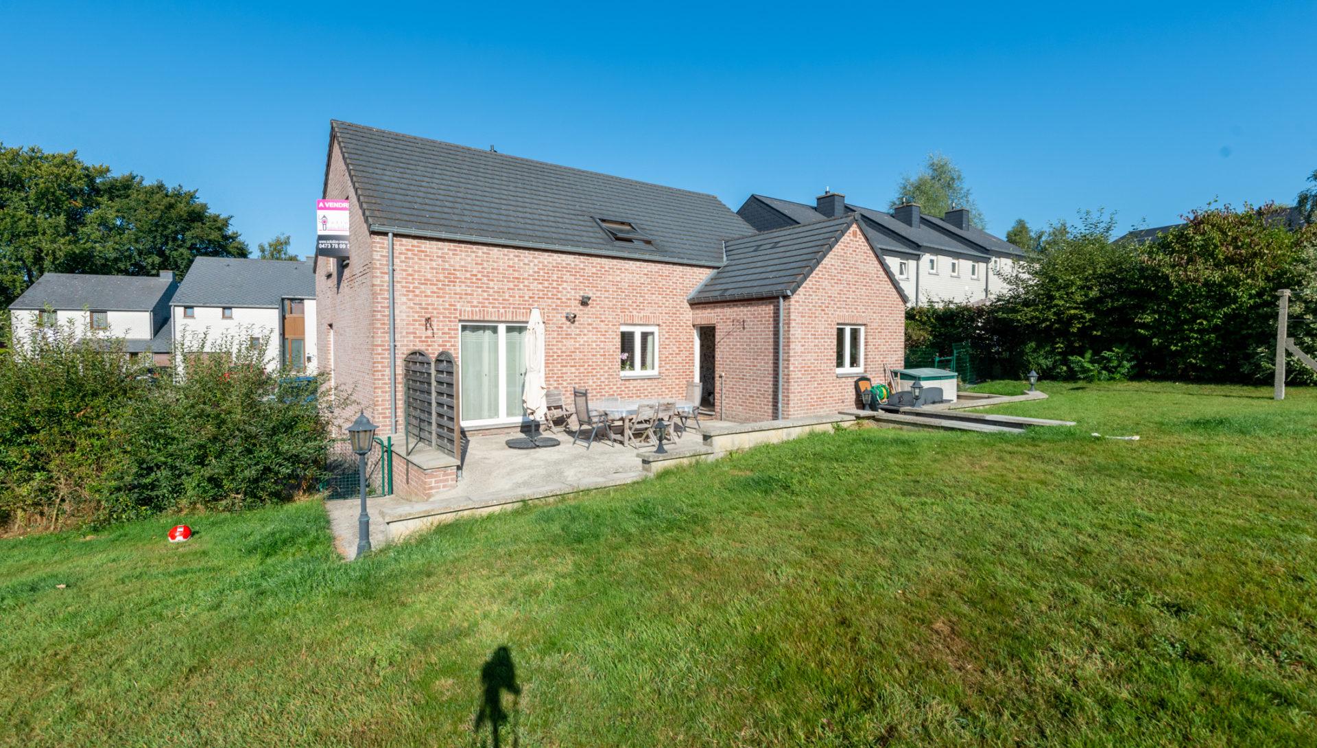 Magnifique maison 5 ch. avec grand jardin !